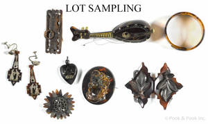Group of tortoise shell and similar items