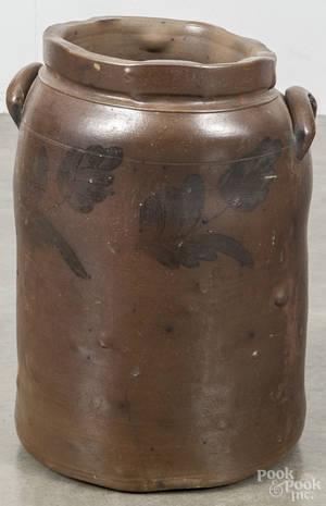 Pennsylvania sixgallon stoneware crock