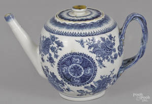 Chinese export porcelain blue Fitzhugh teapot 19th c