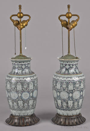 Pair of Chinese export porcelain vases 19th c