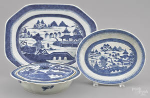 Chinese export porcelain Canton platter entre dish and covered vegetable 19th c