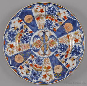 Chinese export porcelain Imari palette plate 18th c