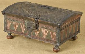 Continental oak dome lid lock box ca 1800