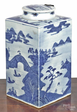 Chinese export porcelain blue and white Canton canister and cover 19th c