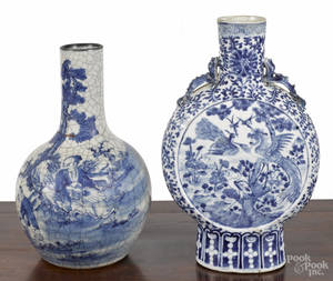 Chinese blue and white porcelain moon flask