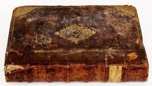 Mid 16th C Digestum Novum Leather Bound Book