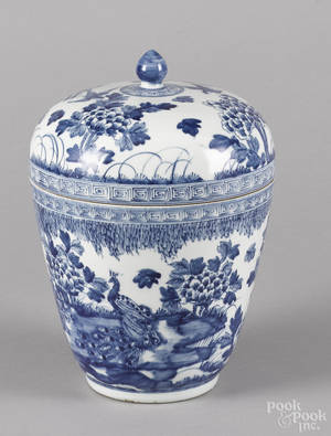 Chinese blue and white porcelain jar and cover