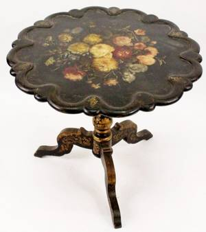 Napoleon III Painted Tilt Top Table