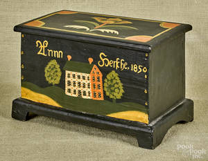 Contemporary painted pine dresser box in the style of Weber