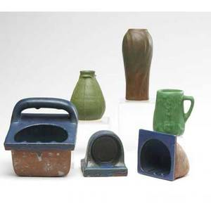 Van briggle  grueby etc six pieces three gruebypardee soap or cup holders van briggle brown vase with leaves a matt green mug with tree design and a vase in the style of grueby van briggle 7