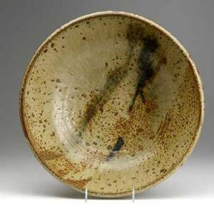 Toshiko takaezu large stoneware centerpiece bowl covered in olivegray over brown glazes along with flaring bowl covered in blue speckled glaze largest 4 14 x 14 12