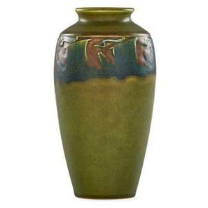 William hentschel 1892  1962 rookwood carved matte vase with ships cincinnati oh 1911 flame markxi614eartist cipher 8 14 x 4 14