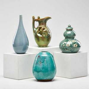 Art pottery four pieces matt morgan for rookwood lidded vessel jugtown ware vase in chinese blue glaze zsolnay iridescent pitcher with figure and similar bud vase glazed earthenware and stonewa