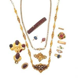 Collection of antique gemset gold jewelry