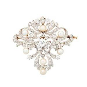 Edwardian diamond pearl  platinum topped gold brooch