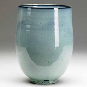Edwin and mary scheier ceramic vase covered in blue speckled glaze signed scheier 9 14 x 6 34