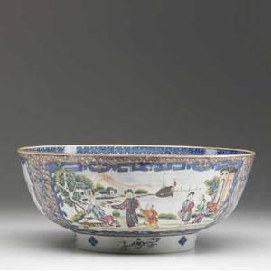 Chinese export deep bowl with asian figures ca 1800 4 14 x 10 18 dia