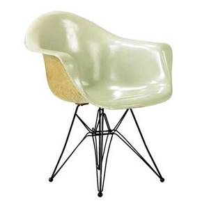 Charles and ray eames early and rare mint green fiberglassshell chair on black wire base 31 x 25 12 x 20