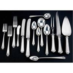 Whiting king albert flatware service for twelve 159 pieces designed 1919 12 7 78 dinner fork 12 7 luncheon fork 12 6 38 saladcake fork 12 7 boullion spoon 12 7 14 table spoons