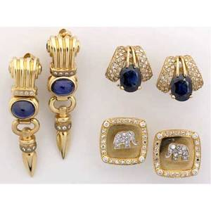 Classic gemset gold earrings three pairs 14k yg ca 1980 2 drop link earrings in stylized greek revival form the fluted capitals with faceted sapphireset volutes above oval cabochon cut sapphir