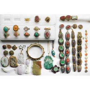 Chinese gemset or jade vermeil or gold jewelry thirtynine pieces including nine carved green or lavender jade pendants four gemset filigree link bracelets some with matching earrings sixteen go
