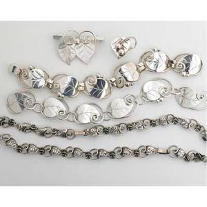 Walter meyers workshop silver spring or heart ivy eight pieces of silver jewelry designed by lapaglia for georg jensen usa inc or international silver co ca 19441952 21 necklace 7 12