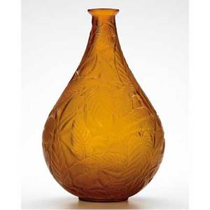 Rene lalique sauge vase of dark amber glass c 1923 m p 425 no 935 molded r lalique 10