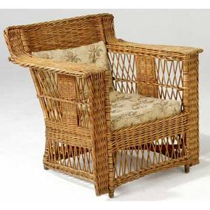 Gustav stickley wicker lounge chair with low back and squared off arms 29 12 x 32 x 26