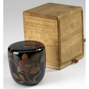 Japanese lacquer black lacquer tea caddy with camellia decoration meiji period signed 2 78 x 2 34 dia