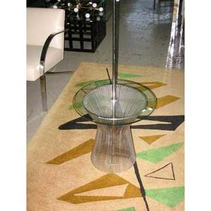 Warren platner  knoll floor lamp with integrated glasstop side table on steel wire frame 58 x 20