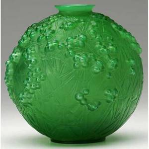 Rene lalique druides vase of emerald glass with whitish patina m p 425 no 937 engraved r lalique france no 937 6 34