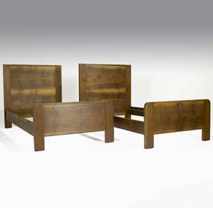 Roy mcmakin pair of solid walnut twin beds each branded roy mcmakin big leaf mfg co seattle wa total 42 x 40 x 80 interior 76 12 x 37