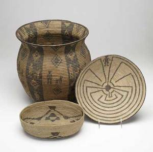 Southwest native american apache willow and devils claw olla with human and canine figures late 19th c and two 20th c tohono oodham papago baskets a man in a maze tray and a shallow basket