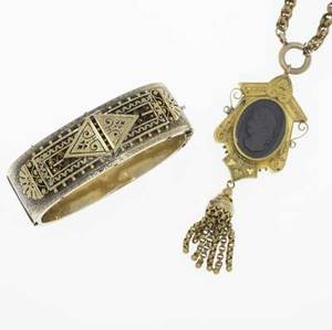 Victorian gold and enamel jewelry two pieces 14k yg 3 black cameo pendant with tassel on doublereed 15 chain hinged bangle with applied strap details and taille depergne enamel 378 gs gw 6