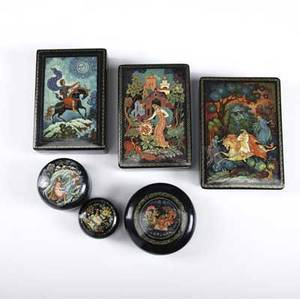 Six russian painted lacquer boxes 20th c marked ussr largest 5 34 x 4