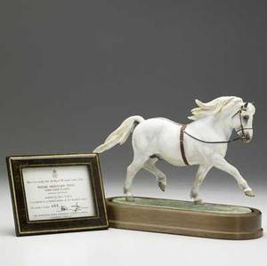Royal worcester model of the welsh mountain pony on wood base modeled by doris lindner ca 1960 no 482 of 500 copies 8 38