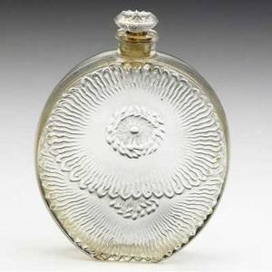 Lalique niobe perfume bottle for violet in clear and frosted glass with shoulder design of birds on branches with blue patina c 1919 m p 949 intaglio molded rl engraved 918 4 14 x 3 12