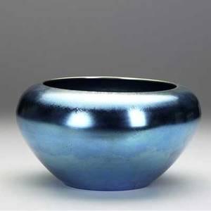 Steuben large blue aurene center bowl with closedin rim etched steuben aurene 2697 5 12 x 9 34