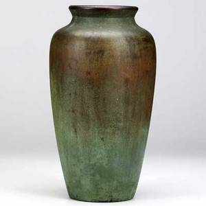 Clewell tall copper clad vase with a fine bronze and verdigris patina light wear to rim a few scratches some paint specks etched clewell 30329 13 34 x 7