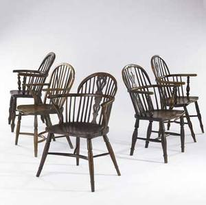 English windsor chairs five of yew wood 19th c largest 25 x 16 x 34