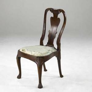 English queen anne side chair mahogany fiddleback with ball and claw feet ca 1750 21 x 18 x 39