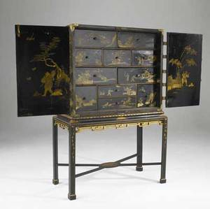 English cabinet chinoiseriedecorated with many drawers on stand 19th c 40 x 20 x 66