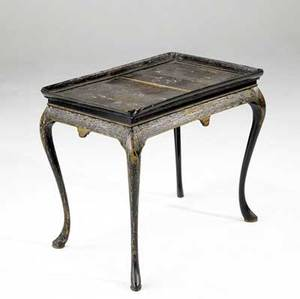 English lacquer table black lacquer tea table 19th c 25 34 x 30 x 19 34