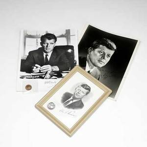 Kennedy memorabilia collection includes autographed photo of john f kennedy jfk autographed citation to edwin p putnam for service in the armed forces two funeral cards harvard alumni bulletin d