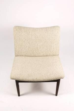 Mid Century Modern Hans Wegner Style Chair