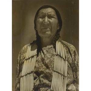 Earl brown american 20th c two native american portraits toned silver gelatin emulusion prints signed ca 1940 both 18 12 x 14