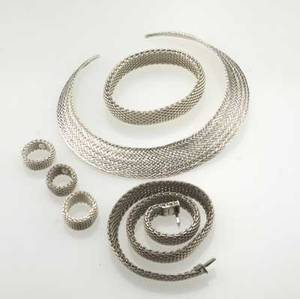 Tiffany  co six pieces of silver somerset mesh jewelry gorget bracelet 4 12 necklace 17 three rings sizes 59 34 2235 gs gw