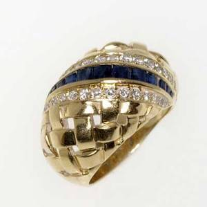 Tiffany  co diamond and sapphire trellis ring 18k yg sapphire channel and beadset diamonds approx 45 cts tw 103 gs gw size 8