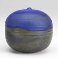 Toshiko takaezu glazed porcelain moonpot signed tt 5 14 x 5 12