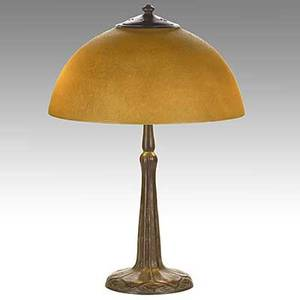 Handel brown mosserine chipped glass and patinated bronze table lamp shade stamped brown handel 5384 patent 20 12 x 14